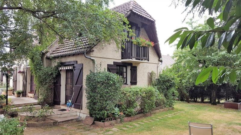 Sale house / villa Gisors 247400€ - Picture 1