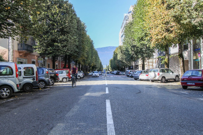 Sale apartment Chambery 121 000€ - Picture 1