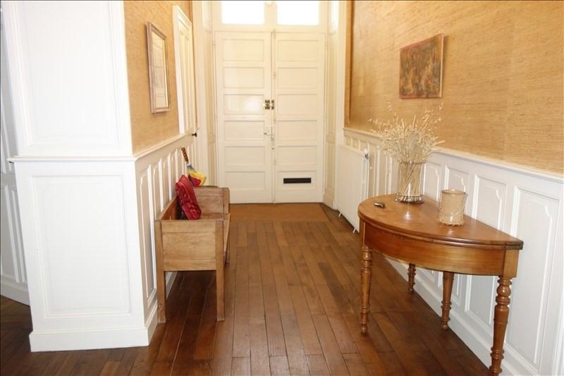 Sale house / villa La roche sur yon 490000€ - Picture 2