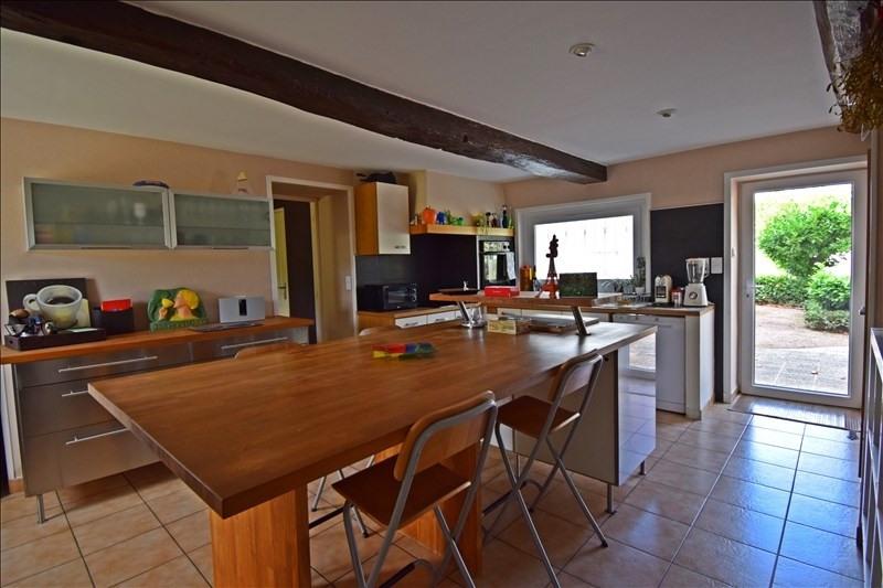 Sale house / villa Villerest 325000€ - Picture 6
