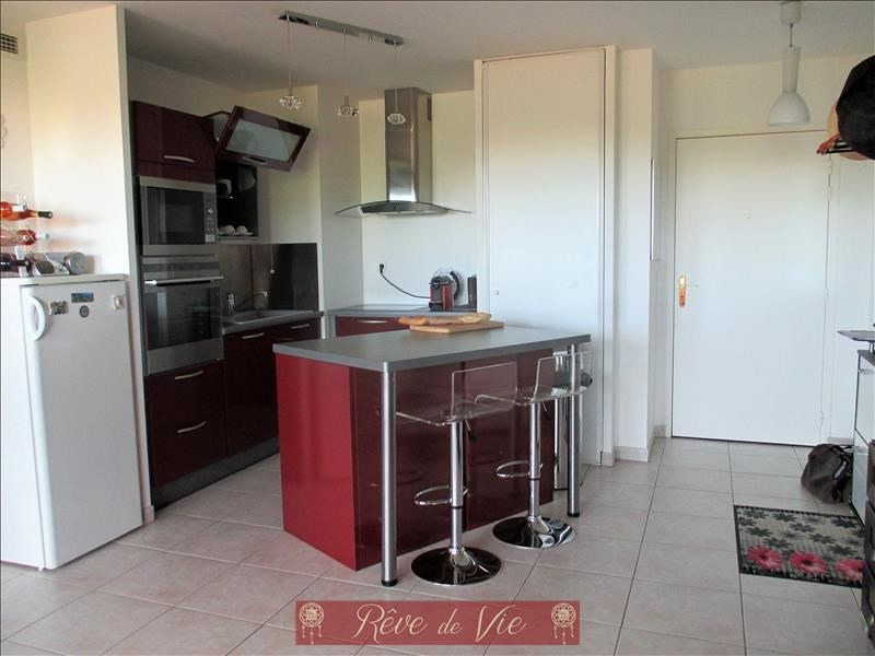 Sale apartment Bormes les mimosas 210000€ - Picture 2