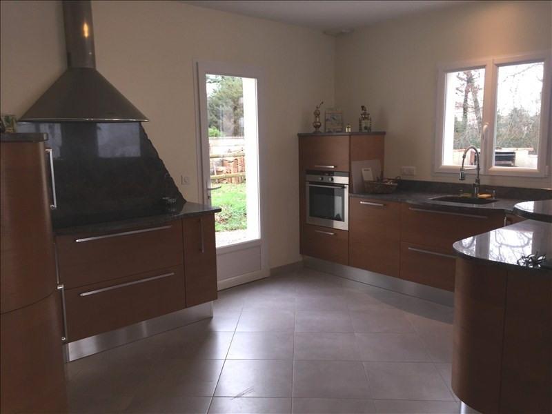 Vente de prestige maison / villa Breuillet 598000€ - Photo 8