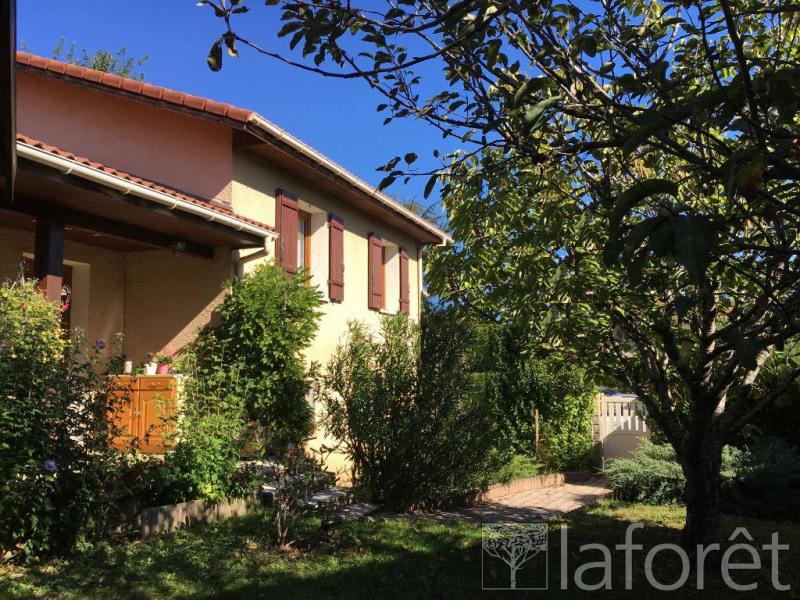 Sale house / villa L isle d'abeau 350000€ - Picture 10
