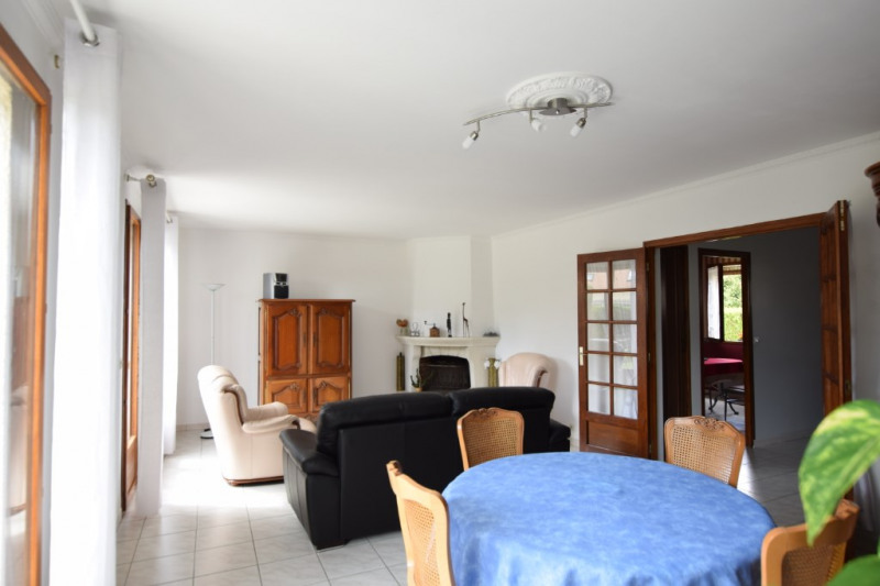 Sale house / villa Ballainvilliers 472500€ - Picture 2