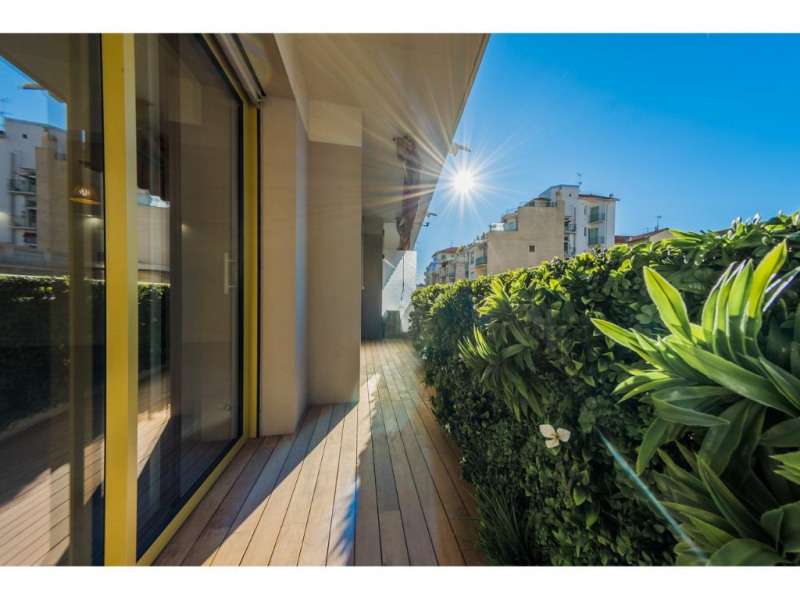 Sale apartment Nice 519000€ - Picture 1