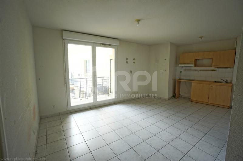 Sale apartment Les andelys 87000€ - Picture 2