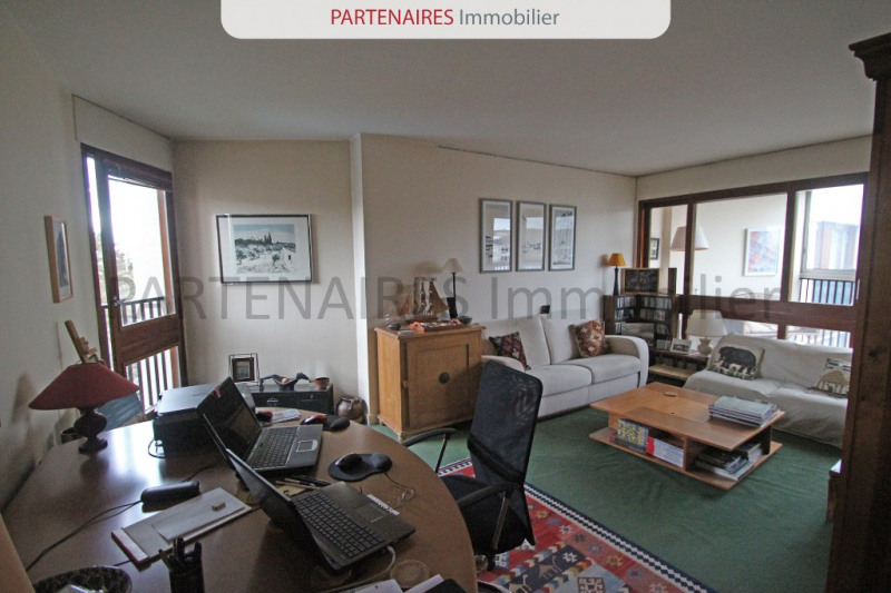 Sale apartment Le chesnay 264000€ - Picture 2