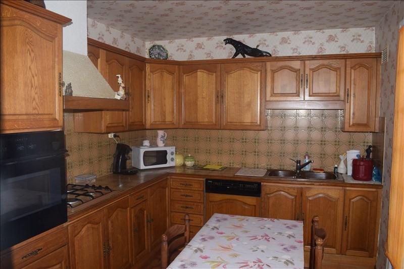 Sale house / villa Breval 208000€ - Picture 4