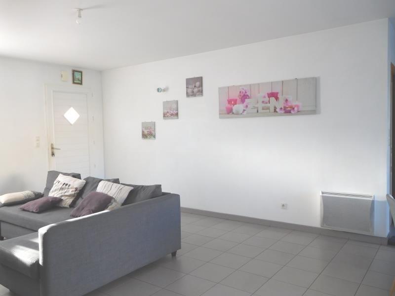 Location maison / villa St andre de cubzac 795€ CC - Photo 5