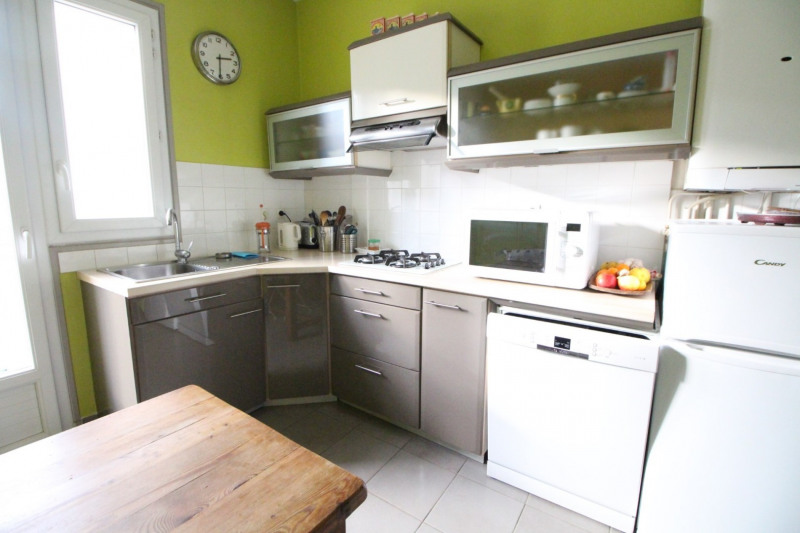 Sale apartment Grenoble 208 000€ - Picture 3