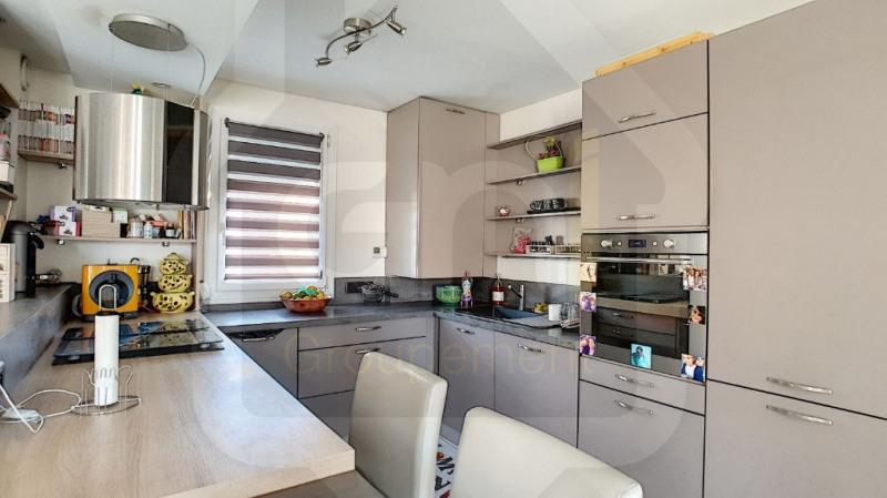 Sale house / villa Vitrolles 319000€ - Picture 2