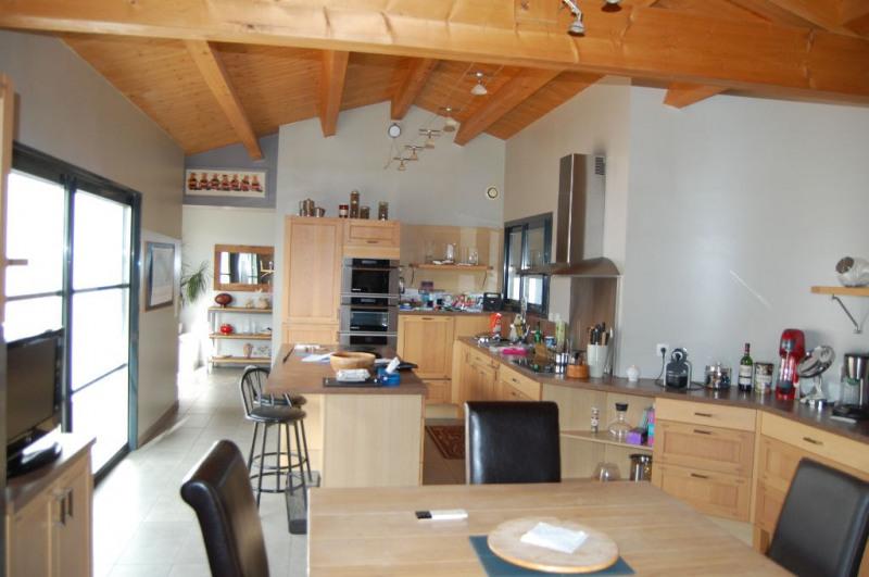 Sale house / villa Villedoux 420000€ - Picture 6