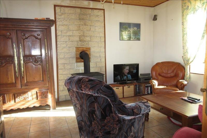 Sale house / villa Plouhinec 120750€ - Picture 2