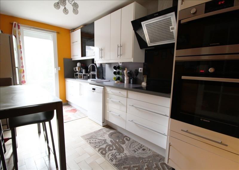 Sale house / villa Elancourt 345000€ - Picture 2