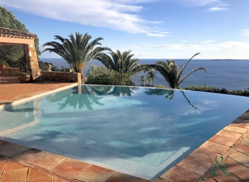 Deluxe sale house / villa Rayol canadel sur mer 1990000€ - Picture 1
