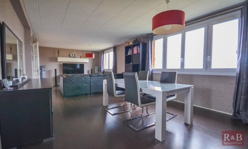 Sale apartment Les clayes sous bois 199900€ - Picture 3