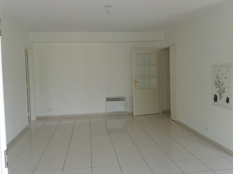 Rental apartment Fréjus 770€ CC - Picture 2