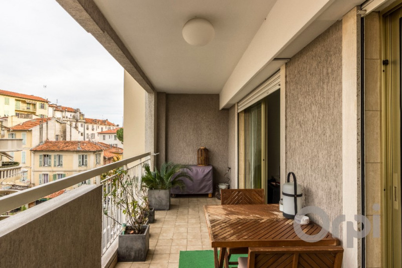 Sale apartment Nice 340000€ - Picture 3