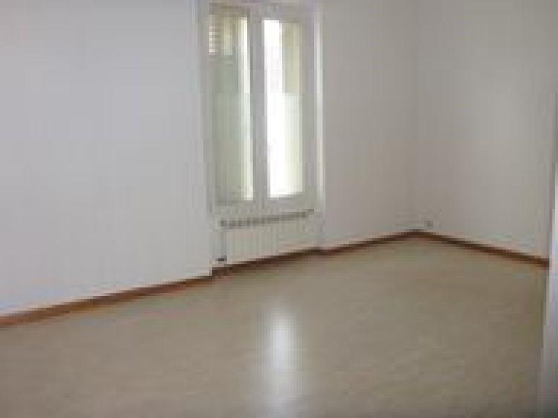 Rental apartment Ballancourt 847€ CC - Picture 5