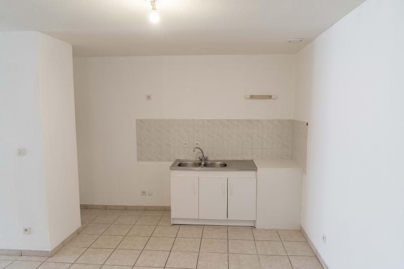 Rental apartment Nantua 524€ CC - Picture 3