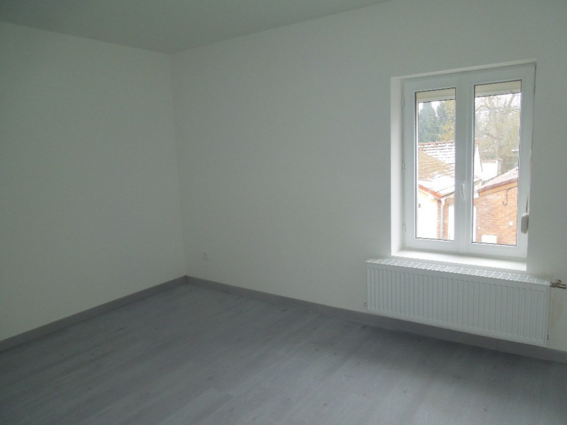 Location maison / villa La sentinelle 670€ CC - Photo 5