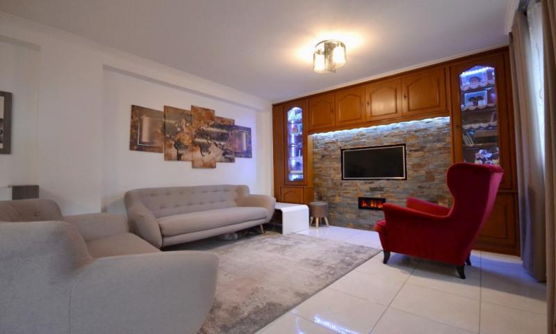 Rental apartment Les clayes sous bois 1300€ CC - Picture 1