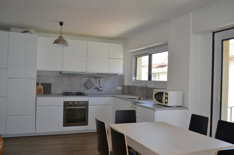 Vacation rental apartment St jean de luz 1 700€ - Picture 2