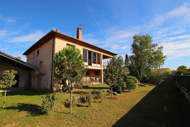 Maison de 107 m² - 4 pièces 3 chambres terrain 1140m²