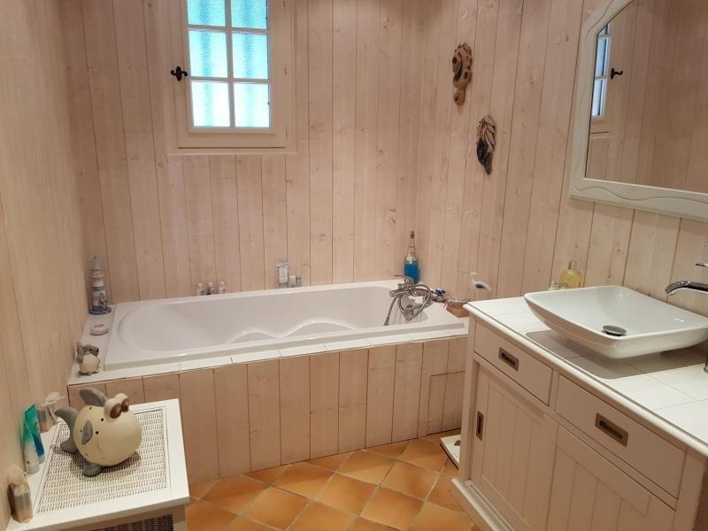 Sale house / villa Beauville 252000€ - Picture 5