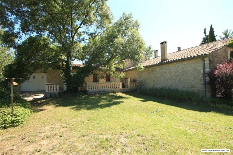 Vente maison / villa Uzes 477 750€ - Photo 1