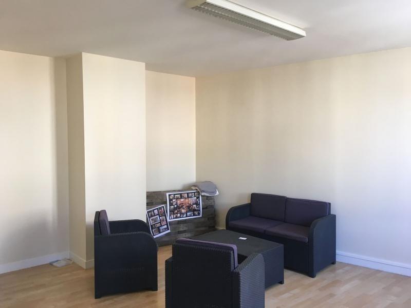 Location bureau à niort : 85 m² à 761 euros actis immo
