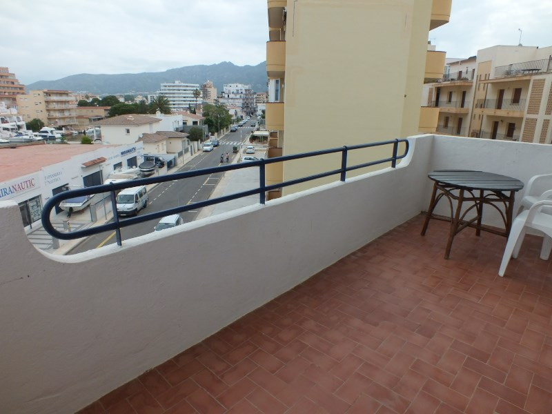 Location vacances appartement Roses santa-margarita 260€ - Photo 5