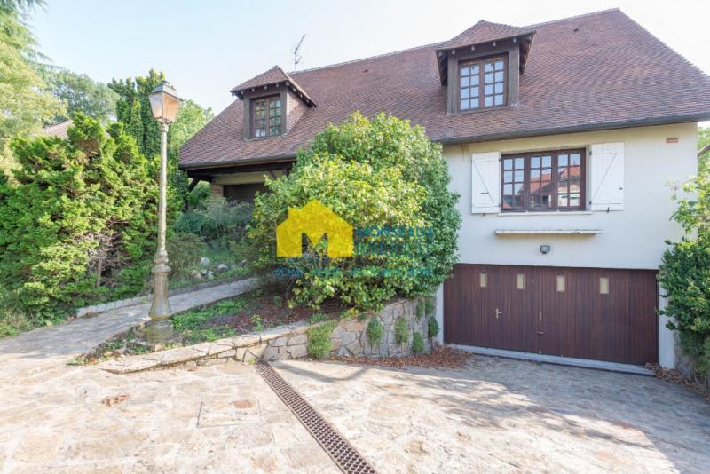 Sale house / villa Ste genevieve des bois 577000€ - Picture 1