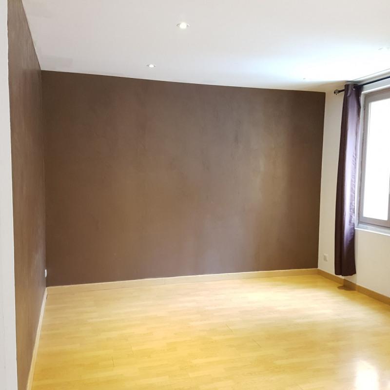 Rental apartment Aix-en-provence 850€ CC - Picture 1