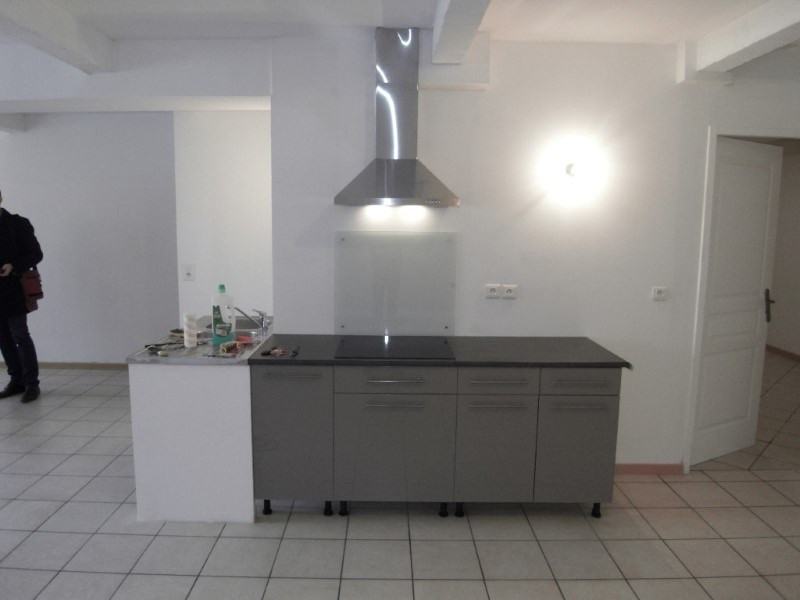 Rental apartment Cognac 388€ CC - Picture 2