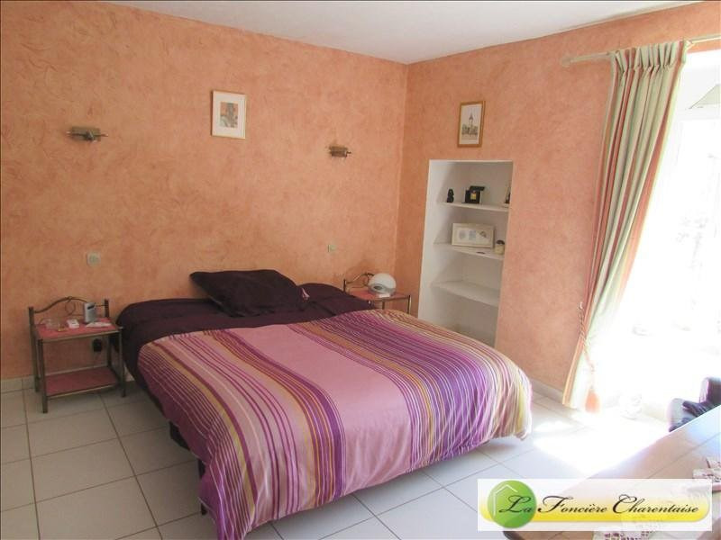 Sale house / villa Villefagnan 328 000€ - Picture 10