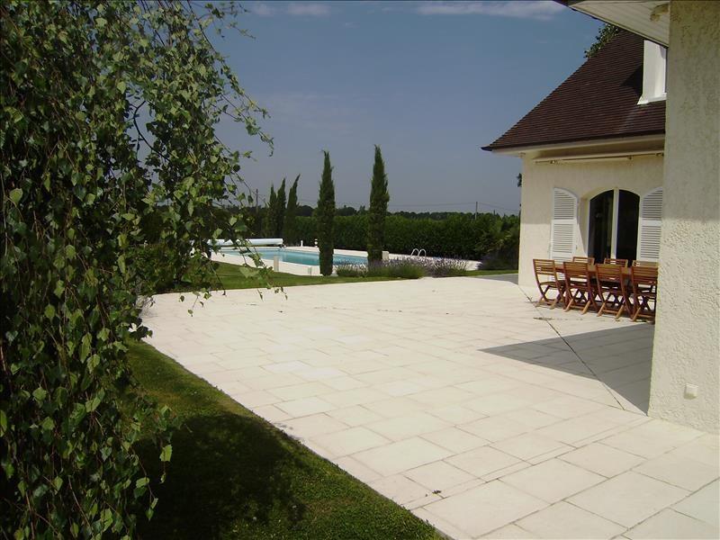 Deluxe sale house / villa Grosrouvre 1196000€ - Picture 5