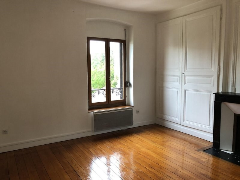 Location appartement Châlons-en-champagne 385€ CC - Photo 1