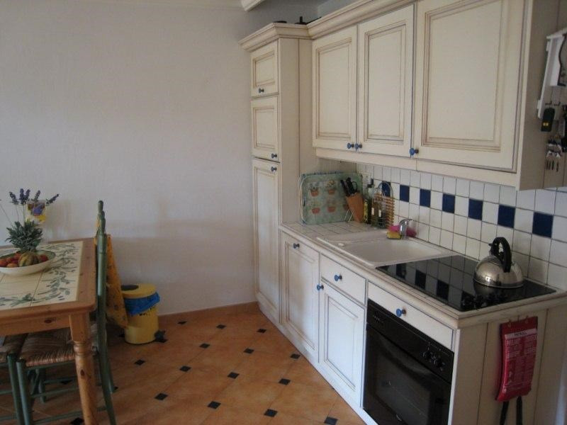 Location vacances appartement Cavalaire 550€ - Photo 2