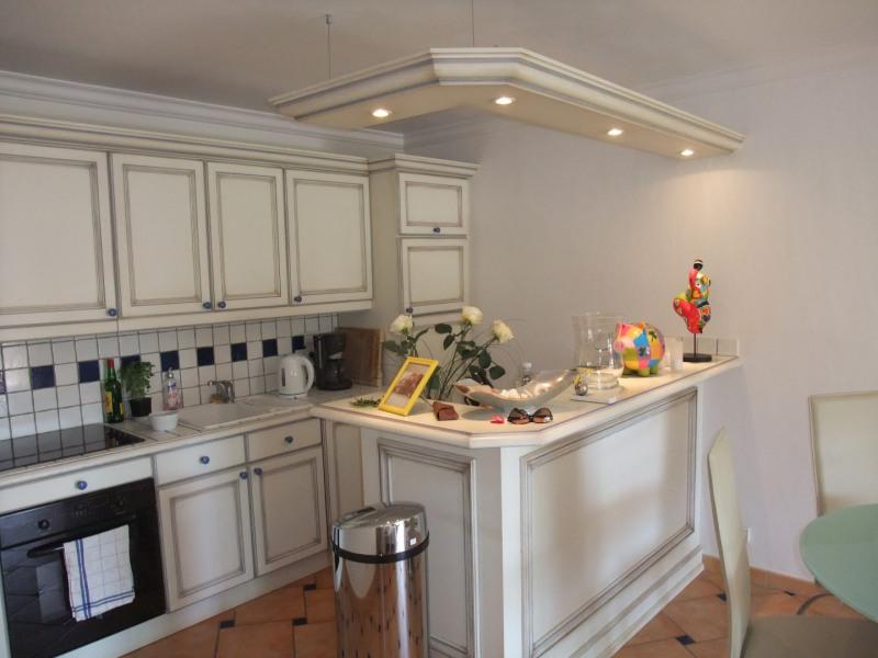Vacation rental apartment Cavalaire sur mer 1300€ - Picture 5