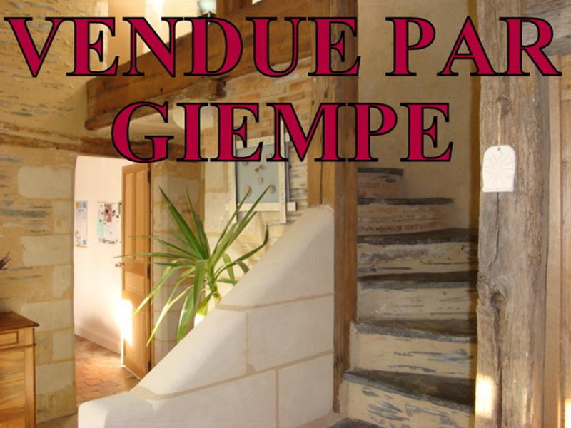 Sale house / villa Pellouailles les vignes 289000€ - Picture 1