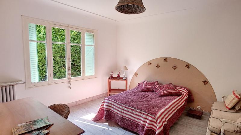 Location maison / villa Aix en provence 1300€ CC - Photo 2