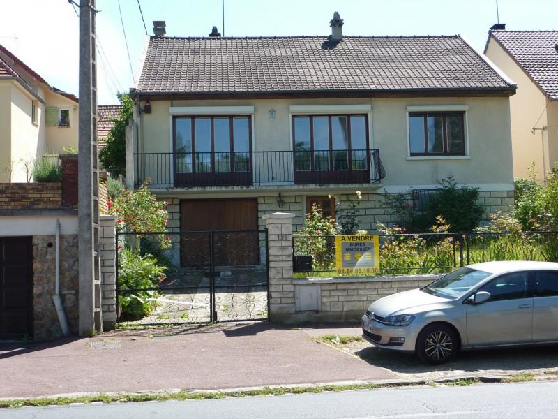 Maison d'une superficie d'environ 145 m², à sept minutes à p
