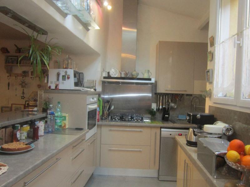 Sale house / villa Lambesc 279000€ - Picture 3