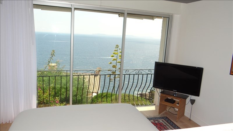 Deluxe sale apartment Cavalaire 595 000€ - Picture 7