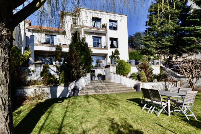 Deluxe sale house / villa St etienne 636000€ - Picture 1