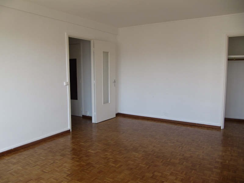 Rental apartment Pau 465€ CC - Picture 2