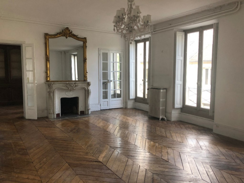 Rental apartment Versailles 2 500€ CC - Picture 1