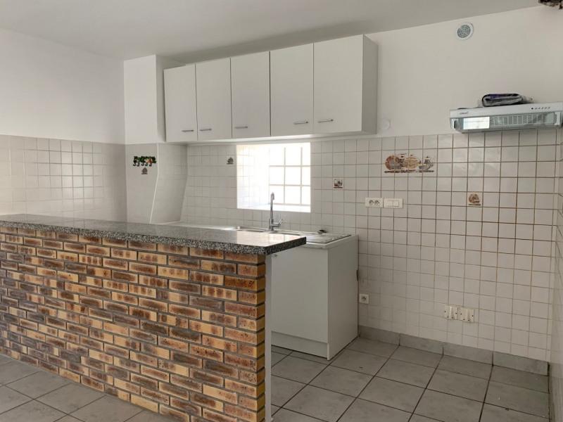 Location appartement La ville du bois 850€ CC - Photo 5