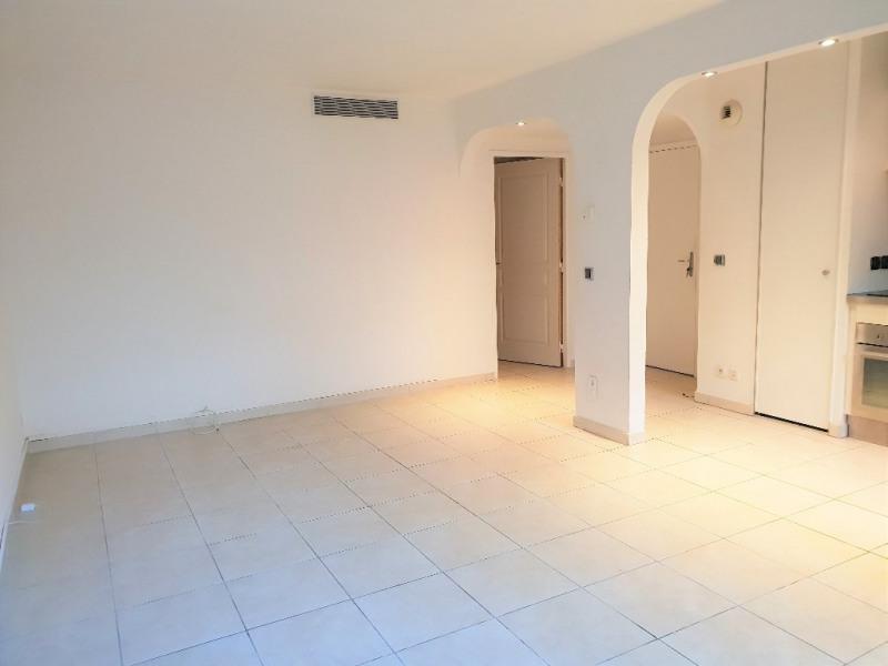 Affitto appartamento Cagnes sur mer 1003€ CC - Fotografia 4